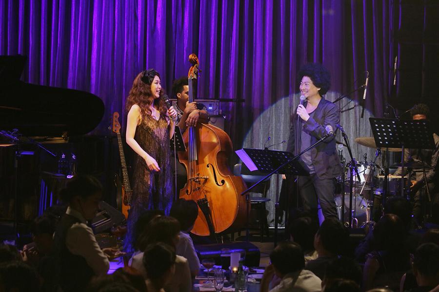 昨年にブルーノート東京で行われたJUJUと黒田卓也率いるクインテットとのライブ。ジャズのネクスト・ウェイヴを決定づけた。